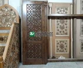 نمونه درب و چهارچوب و منبر چوبی ساخته شده با هنر گره چینی صنایع چوب ساج