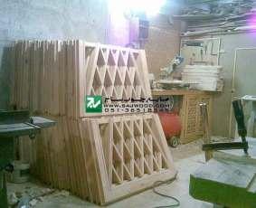 ساخت و نصب نرده چوبی سنتی با هنر گره چینی مشبک چوب چنار پروژه مصلی تبریز-آذربایجان شرقی