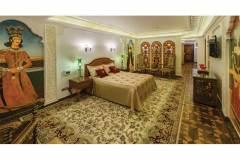 پارتیشن چوبی قواره بری سوییت قاجاری هتل قصر طلایی مشهد