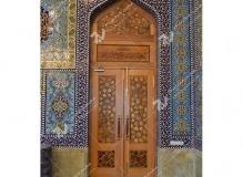 درب سنتی چوبی گره چینی مسجد حضرت فاطمه(س)- نخجوان - جمهوری آذربایجان