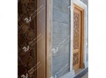 درب سنتی چوبی گره چینی چهارلنگه مسجد حضرت فاطمه(س)- نخجوان - جمهوری آذربایجان