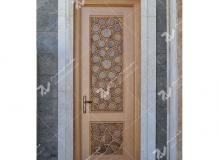درب چوبی سنتی گره چینی چوب راش و گردو مسجد حضرت فاطمه(س)- نخجوان - جمهوری آذربایجان