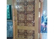 (2) درب چوبی گره چینی با چوب گردو چنار راش مسجد ایزدی – خیابان امام رضا - مشهد مقدس