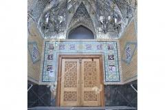 (1) درب سنتی چوبی گره چینی باهنر دست مسجد حضرت زینب (س)-خیابان چمن -مشهد مقدس