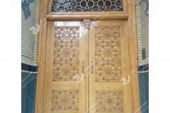 (3) درب چوبی گره چینی مشبک با چوب راش و گردو مسجد وحسینیه امام رضا (ع) عنصری - مشهد مقدس