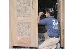 (2) نصب درب های سنتی گره چینی تمام چوب مسجد امام سجاد(ع) - طبرسی شمالی - مشهد مقدس