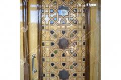 (4) درب چوبی گره چینی با چوب راش و گردو مسجد و حسینیه امام هادی (ع) – خیابان وحدت - مشهد مقدس