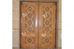 (4) درب سنتی چوبی گره چینی طرح کند دو پنج موسسه تراث الشهید حکیم – عراق - نجف اشرف