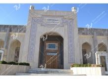 (2)درب سنتی چوبی با هنر گره چینی مسجد وحسینیه شهدای دانشگاه آزاد نیشابور
