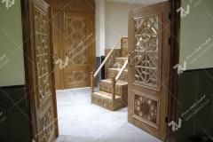 (2) درب چوبی گره چینی توپر و مشبک و منبر مسجد دانشگاه آزاد قوچان