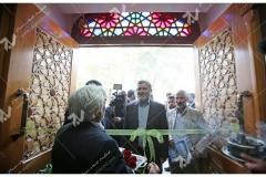 (11)درب گره چینی چوبی مراسم افتتاحیه حسینیه جان نثاران پنج باب الحوائج -17شهریور با حضور شهردار مشهد مقدس