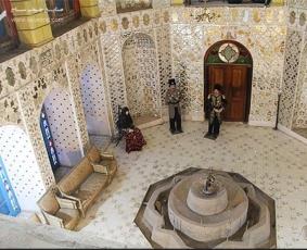 درب و پنجره سنتی چوبی کاخ موزه باغچه جوق ماکو