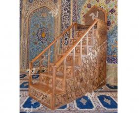 منبر هفت پله گره چینی طرح شمسه هشت مسجد حضرت فاطمه (س)