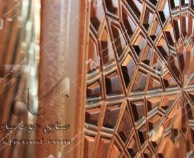 درب چوبی گره چینی طرح تند دوازده مجتمع شهید محراب ثقفی