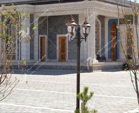 درب سنتی چوبی- طرح شمسه هشت گره چینی- مسجد حضرت فاطمه (جمهوری آذربایجان)