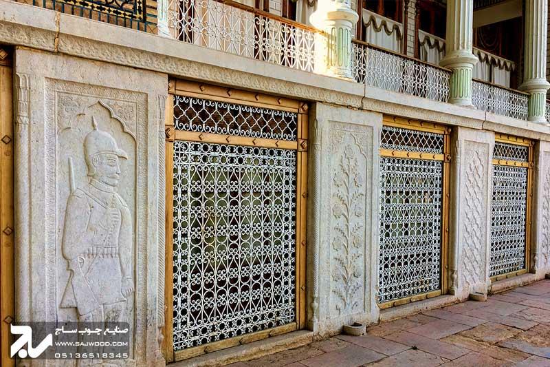 پنجره سنتی مشبک آهنی|باغ عفیف آباد ( گلشن )
