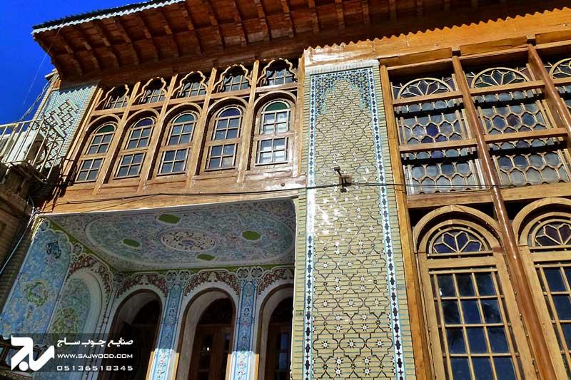 پنجره سنتی چوبی شیشه رنگی ارسی گره چینی|باغ نارنجستان قوام