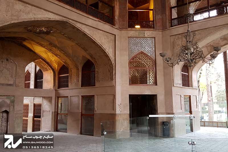 پنجره چوبی سنتی ارسی|کاخ هشت بهشت اصفهان