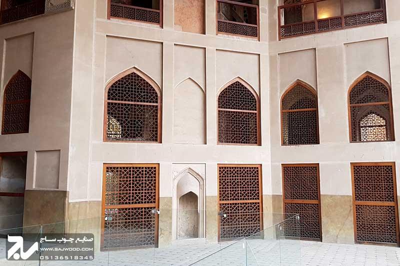 پنجره ارسی سنتی چوبی|کاخ هشت بهشت اصفهان