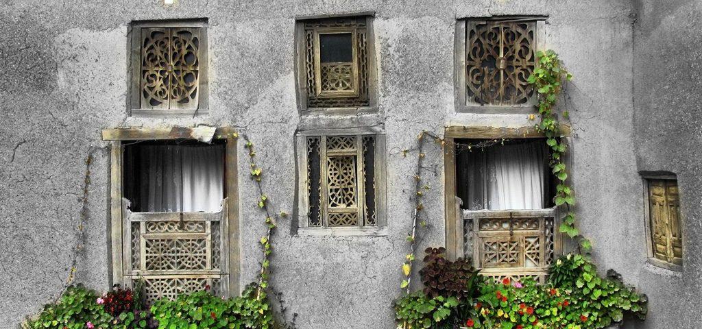 گره چینی پنجره