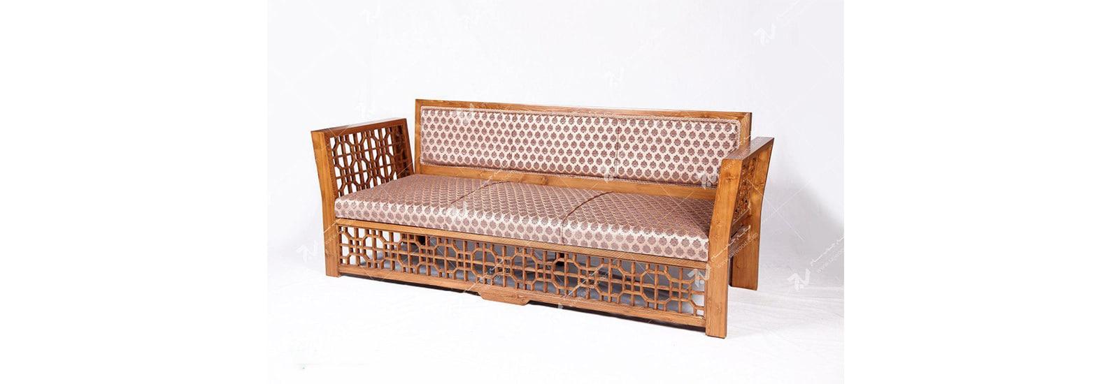 مبلمان چوبی سنتی سه نفره گره چینی  مشبک - سها کد ۲۵۶