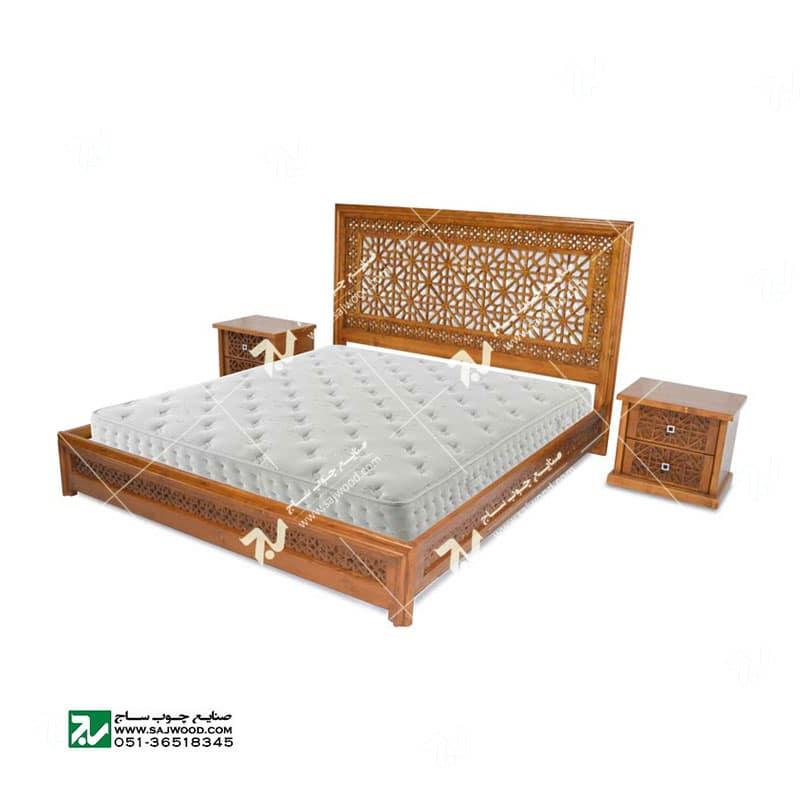 تخت خواب چوبی سنتی دو نفره گره چینی مشبک – رامش کد ۴۰۱
