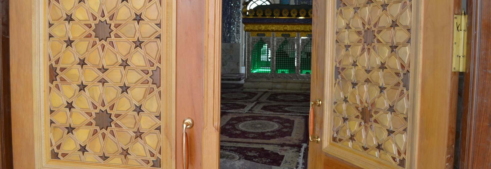 درب چوبی گره چینی