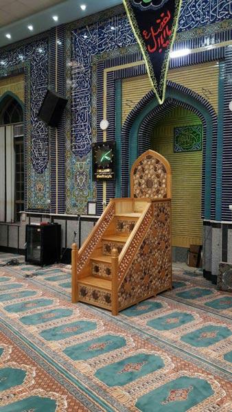منبر چوبی مسجد گره چینی ۴ پله – ترنج کد ۱۰۳