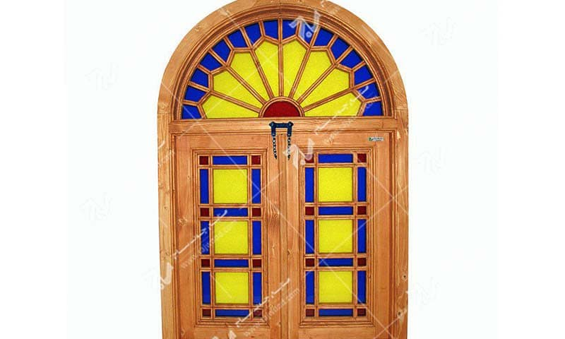 پنجره سنتی چوبی ارسی شیشه رنگی گره چینی مشبک طرح شمس کد W201