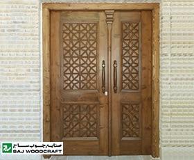 درب تمام چوب سنتی ورودی اماکن سنتی،رستوران و باغ صنایع چوب ساج