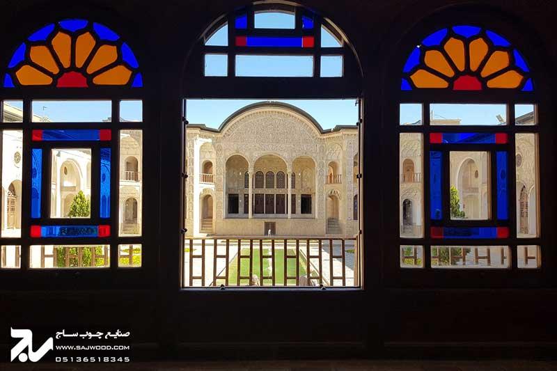 پنجره شیشه رنگی ارسی چوبی سنتی گره چینی|خانه طباطبایی