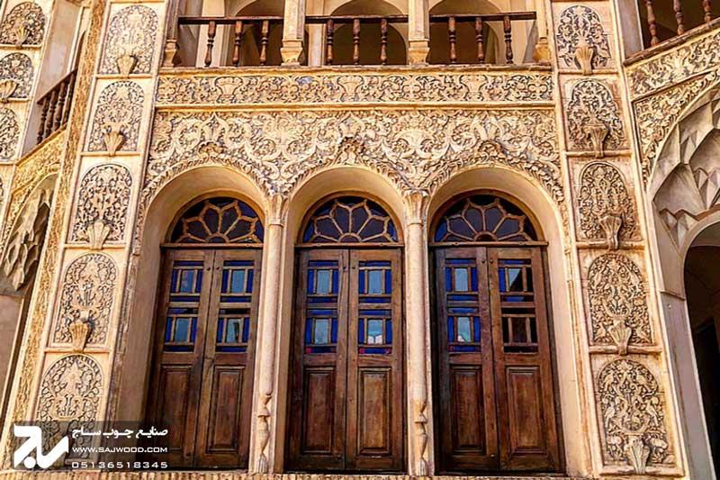 پنجره شیشه رنگی ارسی سنتی چوبی گره چینی|خانه طباطبایی